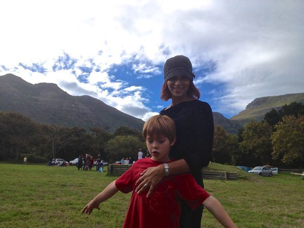 Ceci and Asher at the Noordhoek Commons